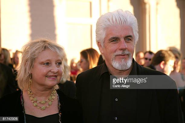 Musician Michael McDonald and his wife Amy arrive to the 32nd Annual 'American Music Awards' at the Shrine Auditorium November 14 2004 in Los Angeles...