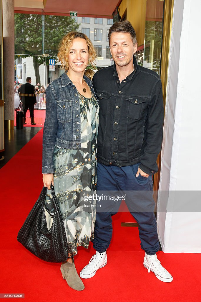 Musician Michi Beck (Fantastische Vier) and his wife Ulrike Fleischer attend the premiere of the film 'Seitenwechsel' at Zoo Palast on May 24, 2016 in Berlin, Germany.