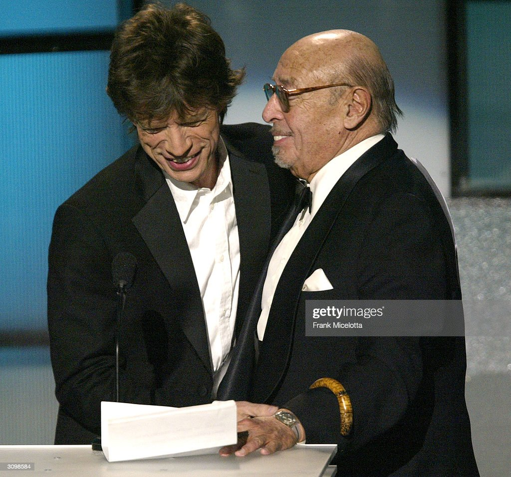 The 2004 Rock And Roll Hall Of Fame Ceremony In New York - Show