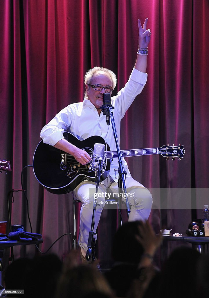Musician Mick Jones performs during Juke Box Heroes: An Evening With Foreigner at The GRAMMY Museum on October 30, 2012 in Los Angeles, California.