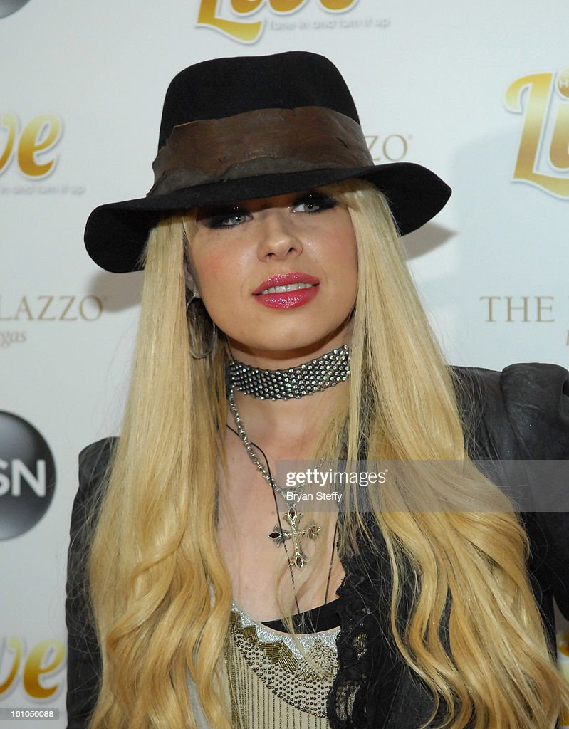 Musician <a gi-track='captionPersonalityLinkClicked' href=/galleries/search?phrase=Orianthi&family=editorial&specificpeople=4436929 ng-click='$event.stopPropagation()'>Orianthi</a> arrives at the HSN Live Michael Bolton concert at The Venetian Resort Hotel Casino on February 8, 2013 in Las Vegas, Nevada.