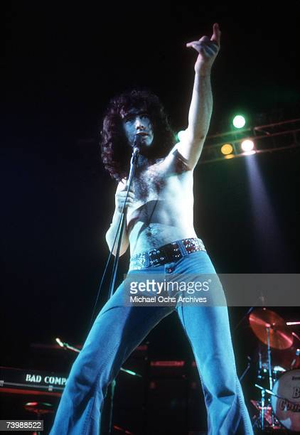 Musician Paul Rodgers of the rock band 'Bad Company' performs onstage in circa 1976