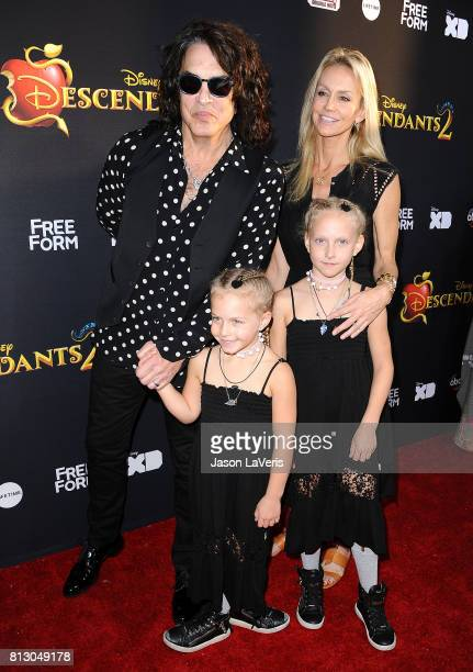 Musician Paul Stanley of the band Kiss wife Erin Sutton and daughters Emily Grace Stanley and Sarah Brianna Stanley attend the premiere of...