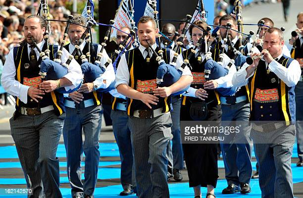 Musician perform traditional Breton music on August 7 2011 in Lorient during the celtics nations Great Parade of the 'festival interceltique de...