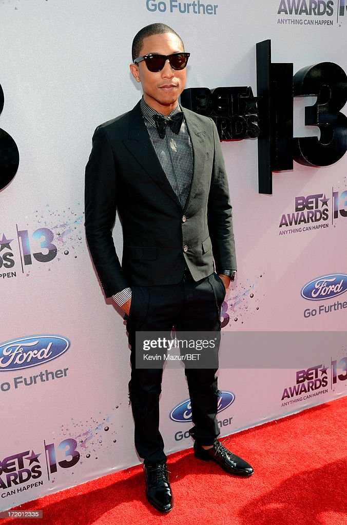 Musician <a gi-track='captionPersonalityLinkClicked' href=/galleries/search?phrase=Pharrell+Williams&family=editorial&specificpeople=161396 ng-click='$event.stopPropagation()'>Pharrell Williams</a> attends the Ford Red Carpet at the 2013 BET Awards at Nokia Theatre L.A. Live on June 30, 2013 in Los Angeles, California.