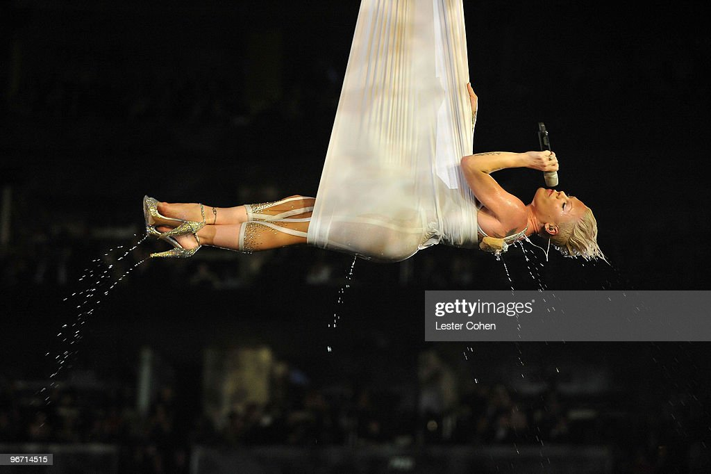 Musician Pink performs onstage at the 52nd Annual GRAMMY Awards held at Staples Center on January 31, 2010 in Los Angeles, California.
