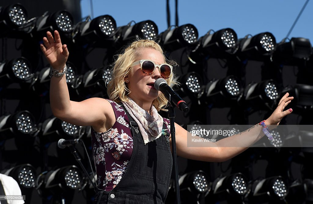 Musician <a gi-track='captionPersonalityLinkClicked' href=/galleries/search?phrase=RaeLynn+-+Zangeres&family=editorial&specificpeople=12706754 ng-click='$event.stopPropagation()'>RaeLynn</a> performs onstage during 2016 Stagecoach California's Country Music Festival at Empire Polo Club on May 01, 2016 in Indio, California.