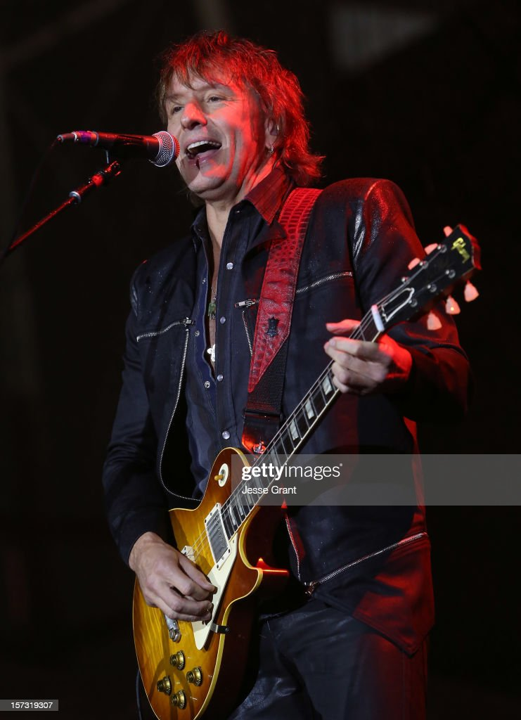 Musician <a gi-track='captionPersonalityLinkClicked' href=/galleries/search?phrase=Richie+Sambora&family=editorial&specificpeople=204195 ng-click='$event.stopPropagation()'>Richie Sambora</a> performs during the MasterCard Priceless Los Angeles Presents GRAMMY Artists Revealed Featuring Bon Jovi at Paramount Studios on December 1, 2012 in Hollywood, California.