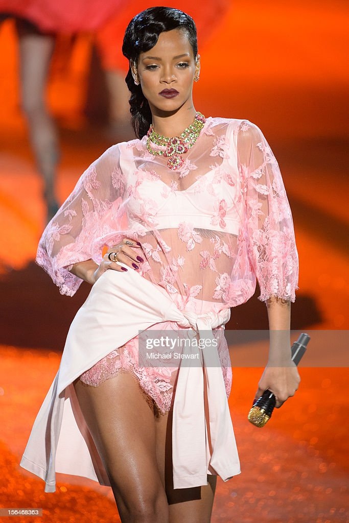 Musician <a gi-track='captionPersonalityLinkClicked' href=/galleries/search?phrase=Rihanna&family=editorial&specificpeople=453439 ng-click='$event.stopPropagation()'>Rihanna</a> performs during the 2012 Victoria's Secret Fashion Show at the Lexington Avenue Armory on November 7, 2012 in New York City.