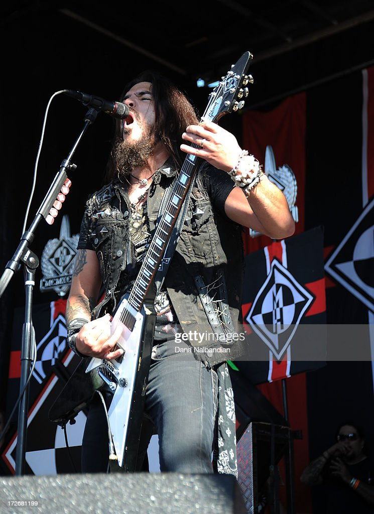 Musician Robb Flynn of Machine Head performs at White River Amphitheater on July 3, 2013 in Auburn, Washington.