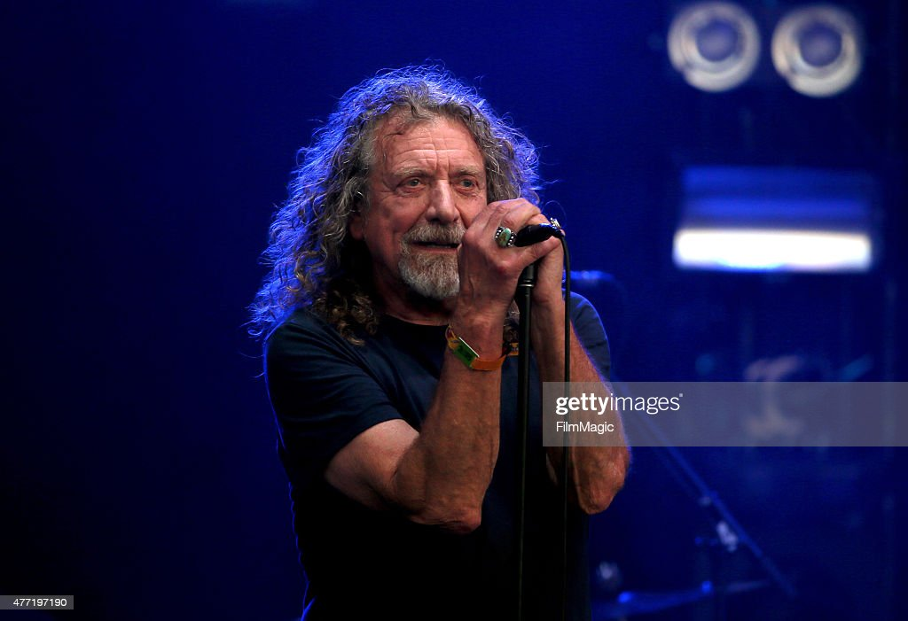Musician <a gi-track='captionPersonalityLinkClicked' href=/galleries/search?phrase=Robert+Plant&family=editorial&specificpeople=211368 ng-click='$event.stopPropagation()'>Robert Plant</a> & The Sensational Space Shifters perform onstage at Which Stage Day 4 of the 2015 Bonnaroo Music And Arts Festival on June 14, 2015 in Manchester, Tennessee.