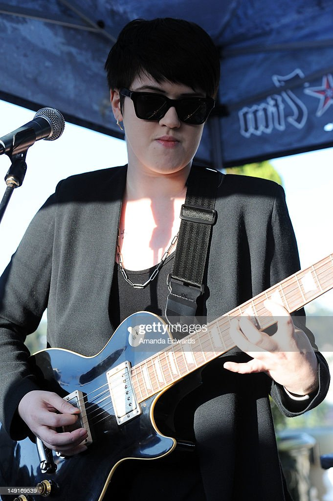 Musician <a gi-track='captionPersonalityLinkClicked' href=/galleries/search?phrase=Romy+Madley+Croft&family=editorial&specificpeople=6078322 ng-click='$event.stopPropagation()'>Romy Madley Croft</a> of The xx performs onstage at the 98.7 FM Penthouse Party Presents The xx Exclusive Live Performance at The Historic Hollywood Tower on July 23, 2012 in Hollywood, California.