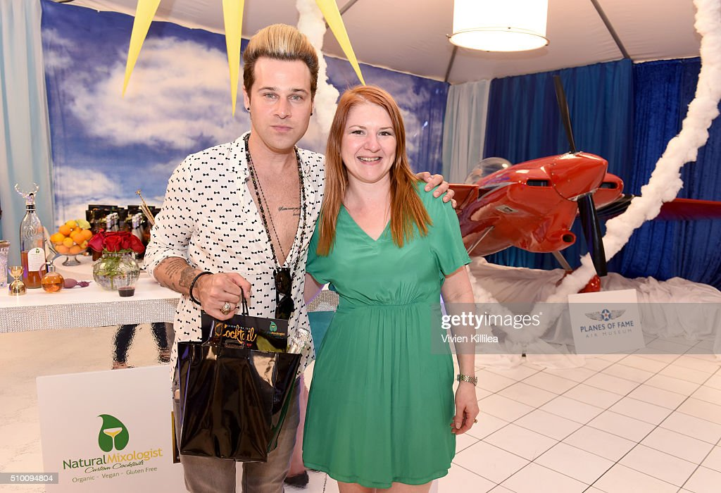 Musician <a gi-track='captionPersonalityLinkClicked' href=/galleries/search?phrase=Ryan+Cabrera&family=editorial&specificpeople=201482 ng-click='$event.stopPropagation()'>Ryan Cabrera</a> attends the GRAMMY Gift Lounge during The 58th GRAMMY Awards at Staples Center on February 13, 2016 in Los Angeles, California.