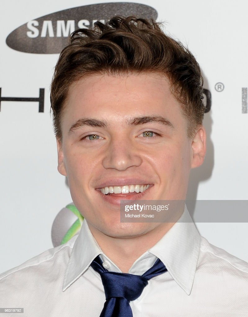 Musician Shawn Hlookoff arrives at the EMI Post-GRAMMY Party at W Hollywood on January 31, 2010 in Hollywood, California.