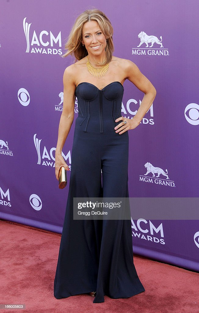Musician Sheryl Crow arrives at the 48th Annual Academy Of Country Music Awards at MGM Grand Garden Arena on April 7, 2013 in Las Vegas, Nevada.