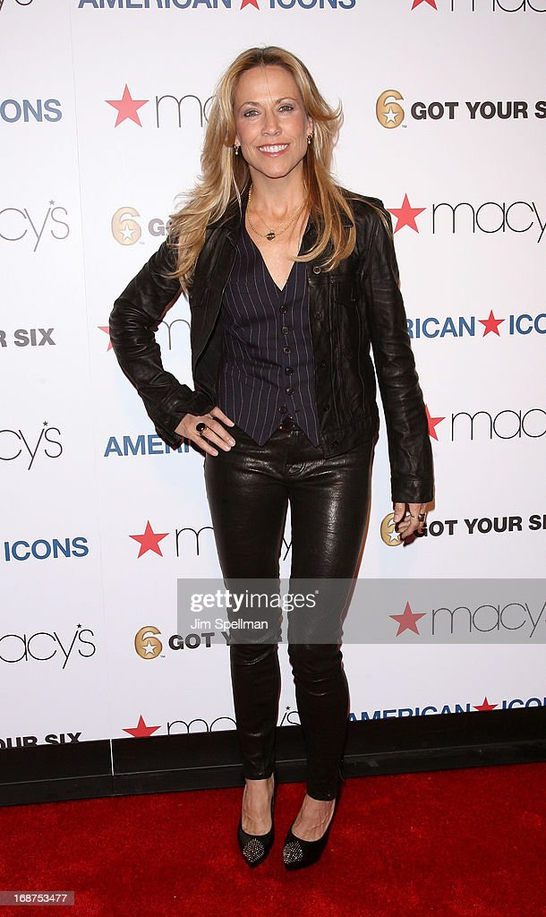 Musician Sheryl Crow attends Macy's 'American Icons' Campaign Launch at Gotham Hall on May 14, 2013 in New York City.