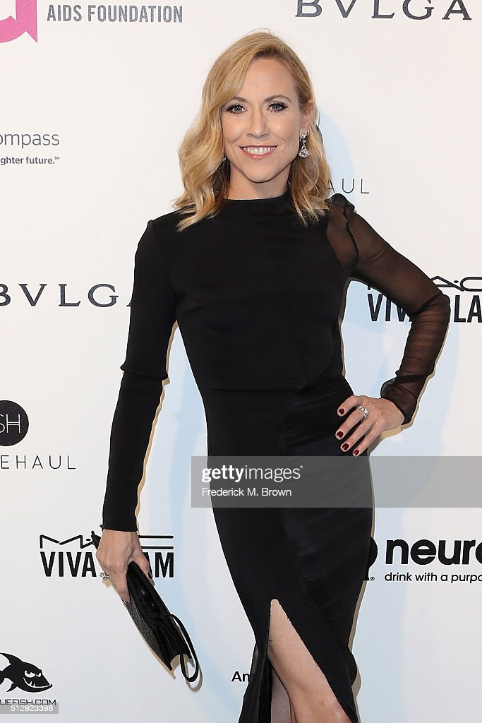 Musician Sheryl Crow attends the 24th Annual Elton John AIDS Foundation's Oscar Viewing Party on February 28, 2016 in West Hollywood, California.