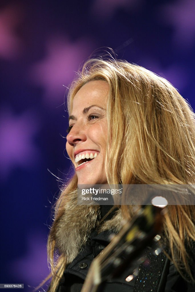 Musician Sheryl Crow performs during the John Kerry Election night event in Copley Square