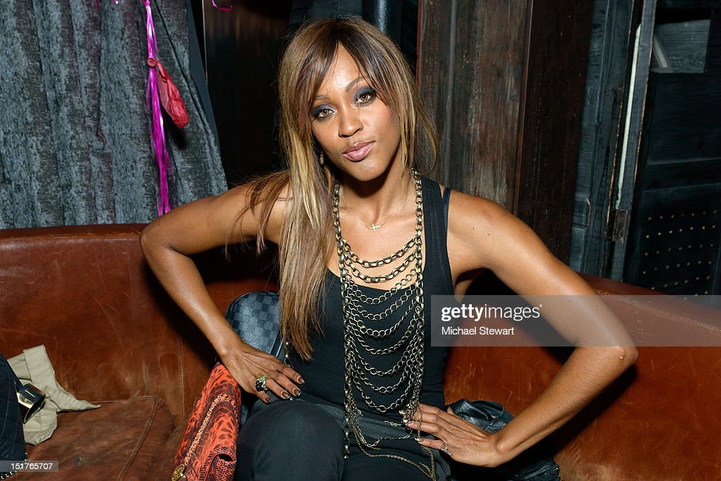 Musician Shontelle Layne attends the Catch Roof One Year Anniversary Party at Catch Roof on September 10, 2012 in New York City.