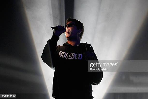 Musician Stephan Jenkins of Third Eye Blind performs onstage during Taste of the NFL 25th anniversary Party With A Purpose at Cow Palace on February...