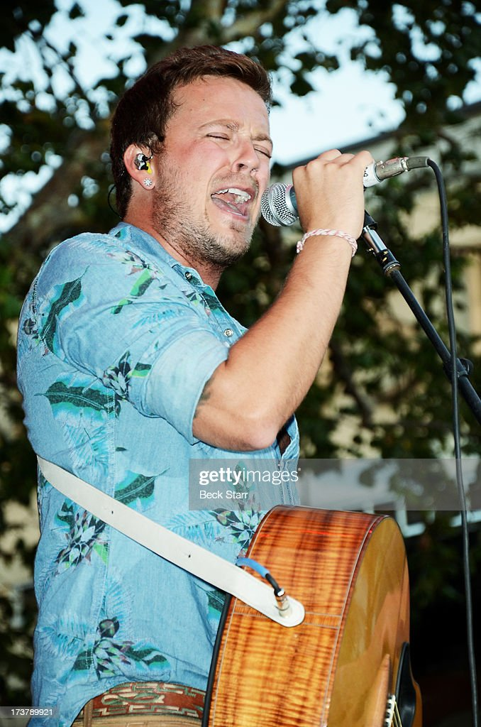 Musician <a gi-track='captionPersonalityLinkClicked' href=/galleries/search?phrase=Stephen+Barker+Liles&family=editorial&specificpeople=6517226 ng-click='$event.stopPropagation()'>Stephen Barker Liles</a> of Love And Theft performs at The 2013 Summer Concert Series at The Grove on July 17, 2013 in Los Angeles, California.