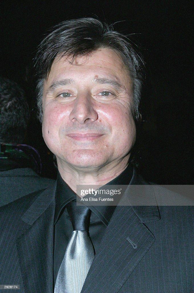 Musician Steve Perry arrives for the Charlize Theron tribute at the 2004 Santa Barbara International Film Festival February 3, 2004 in Santa Barbara, California.