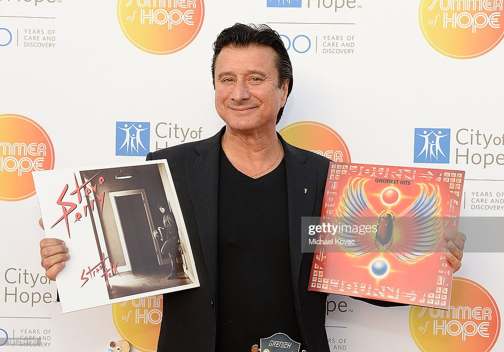 Musician <a gi-track='captionPersonalityLinkClicked' href=/galleries/search?phrase=Steve+Perry+-+Singer&family=editorial&specificpeople=4778806 ng-click='$event.stopPropagation()'>Steve Perry</a> attends the City Of Hope Spirit Of Life Gala Honoring Rob Light on September 19, 2013 in Playa Vista, California.