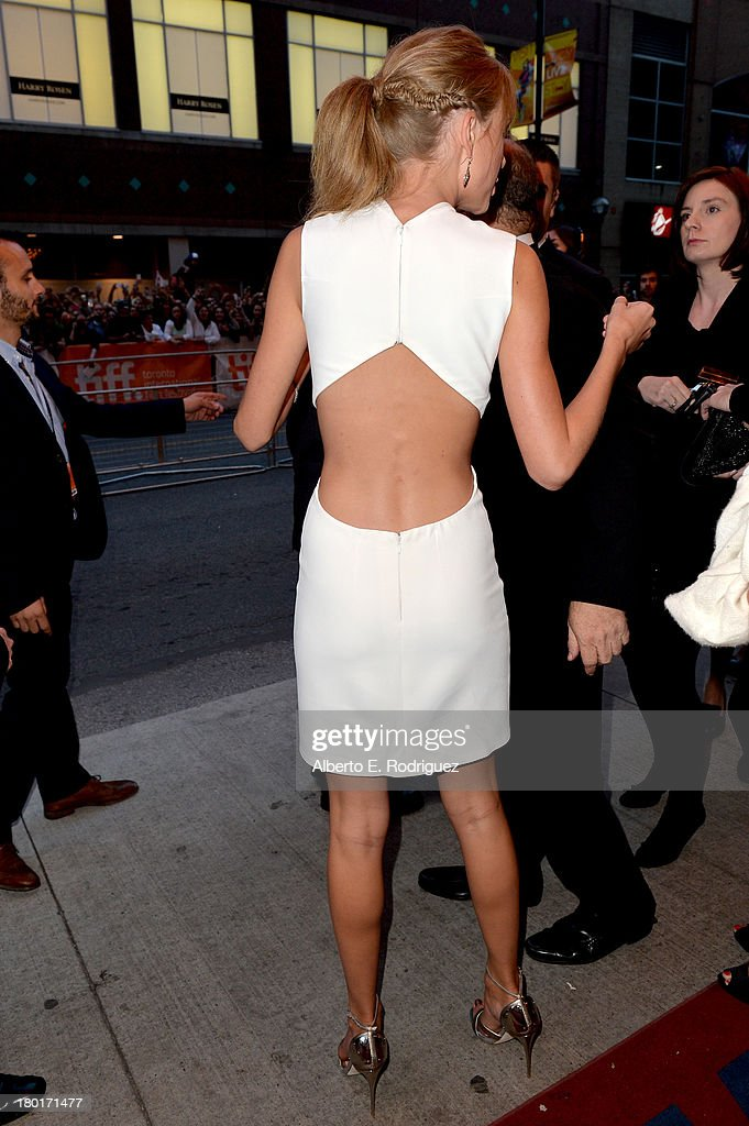 Musician Taylor Swift arrives at the 'One Chance' Premiere during the 2013 Toronto International Film Festival at Winter Garden Theatre on September 9, 2013 in Toronto, Canada.