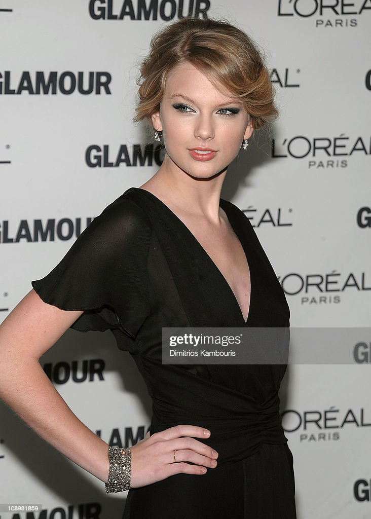 Musician Taylor Swift attends the 2008 Glamour Women of the Year Awards at Carnegie Hall on November 10, 2008 in New York City.