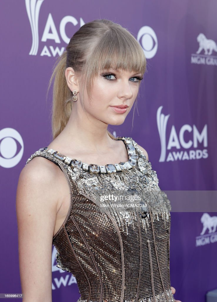 Musician Taylor Swift attends the 48th Annual Academy of Country Music Awards at the MGM Grand Garden Arena on April 7, 2013 in Las Vegas, Nevada.