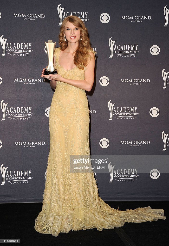 46th annual academy of country music awards press room for Academy of country music award for video of the year