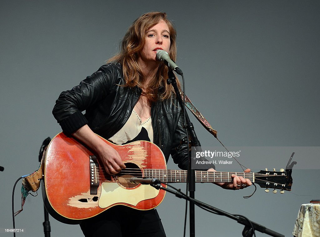 Musician <a gi-track='captionPersonalityLinkClicked' href=/galleries/search?phrase=Tift+Merritt&family=editorial&specificpeople=4950355 ng-click='$event.stopPropagation()'>Tift Merritt</a> performs at Meet the Musicians at the Apple Store Soho on March 29, 2013 in New York City.