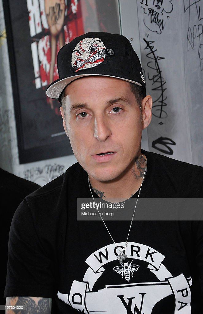 Musician Toby Morse attends the launching of the One Life One Chance web store on December 1, 2012 in Los Angeles, California.