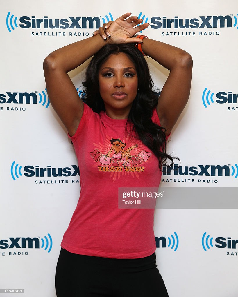 Musician <a gi-track='captionPersonalityLinkClicked' href=/galleries/search?phrase=Toni+Braxton&family=editorial&specificpeople=213737 ng-click='$event.stopPropagation()'>Toni Braxton</a> visits the SiriusXM Studios on August 26, 2013 in New York City.