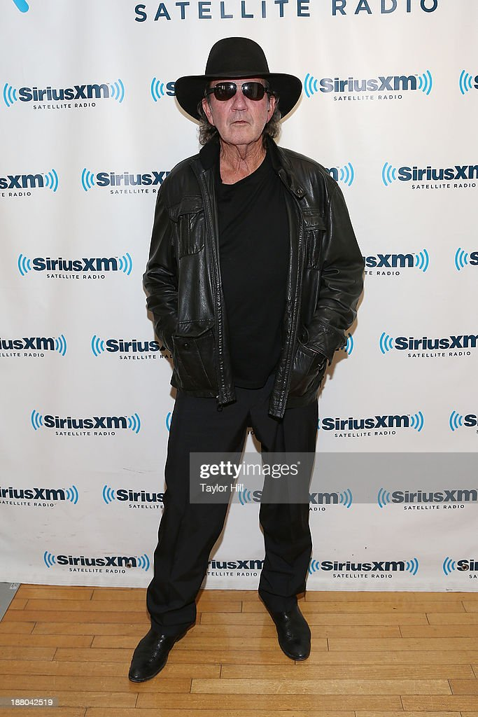 Musician Tony Joe White visits the SiriusXM Studios on November 14, 2013 in New York City.