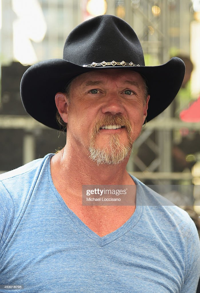 Musician <a gi-track='captionPersonalityLinkClicked' href=/galleries/search?phrase=Trace+Adkins&family=editorial&specificpeople=224686 ng-click='$event.stopPropagation()'>Trace Adkins</a> performs during 'FOX & Friends' All American Concert Series outside of FOX Studios on August 1, 2014 in New York City.
