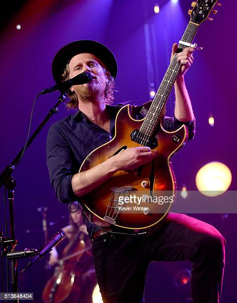 Musician Wesley Schultz of The Lumineers performs on the ATT LIVE stage at the iHeartRadio Theater Los Angeles on March 3 2016 in Burbank California