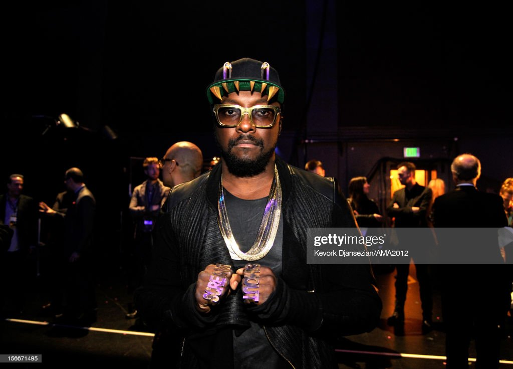Musician will.i.am at the 40th American Music Awards held at Nokia Theatre L.A. Live on November 18, 2012 in Los Angeles, California.