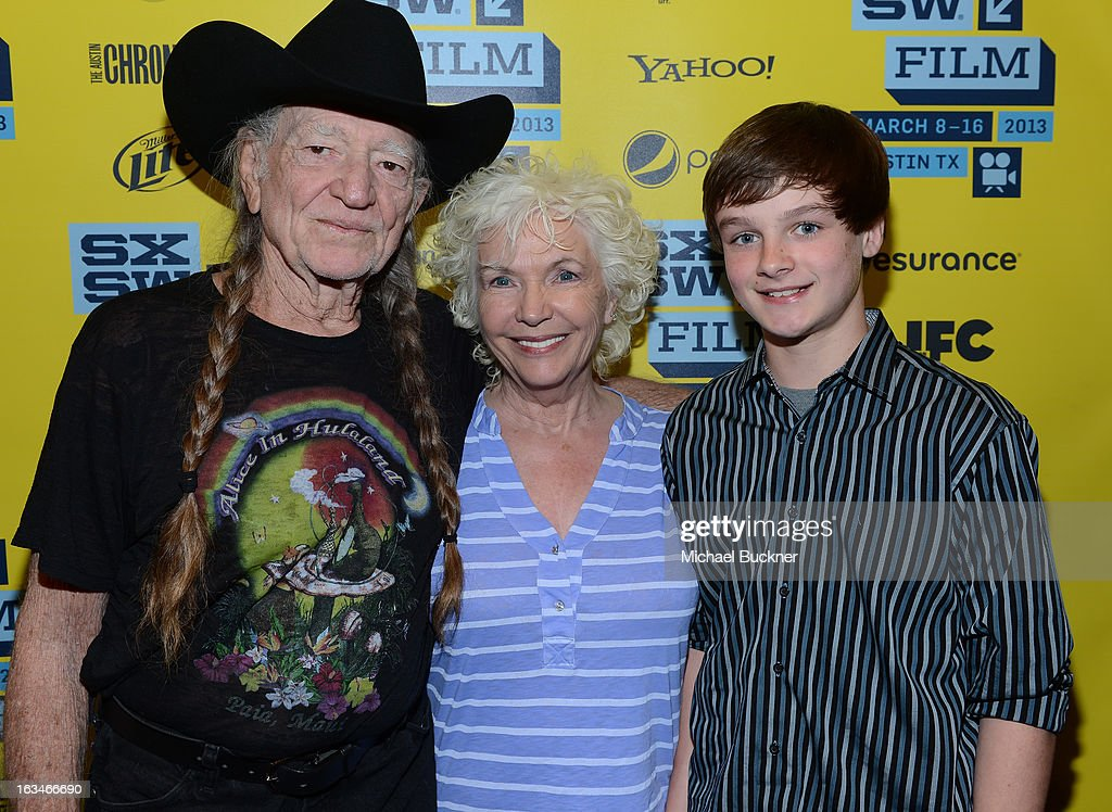 Musician <a gi-track='captionPersonalityLinkClicked' href=/galleries/search?phrase=Willie+Nelson&family=editorial&specificpeople=203154 ng-click='$event.stopPropagation()'>Willie Nelson</a>, actress <a gi-track='captionPersonalityLinkClicked' href=/galleries/search?phrase=Fionnula+Flanagan&family=editorial&specificpeople=549651 ng-click='$event.stopPropagation()'>Fionnula Flanagan</a> and actor Chandler Cantebury attend the screening of 'When Angels Sing' during the 2013 Music, Film + Interactive Festival at the Paramount Theatre on March 10, 2013 in Austin, Texas.
