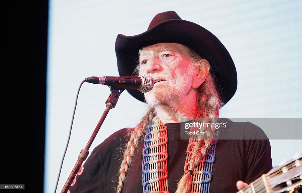 Musician <a gi-track='captionPersonalityLinkClicked' href=/galleries/search?phrase=Willie+Nelson&family=editorial&specificpeople=203154 ng-click='$event.stopPropagation()'>Willie Nelson</a> performs onstage during Global Green USA's 10th Annual Pre-Oscar Party at Avalon on February 20, 2013 in Hollywood, California.