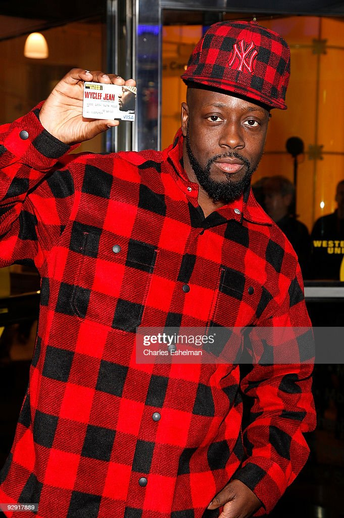 Musician Wyclef Jean attends Western Union's special holiday strategic alliance at Western Union Times Square on November 9, 2009 in New York City.
