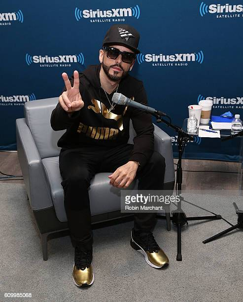 Musician Yandel visits the SiriusXM Studios for its 'SiriusXM ICONOS' series on September 23 2016 in New York City
