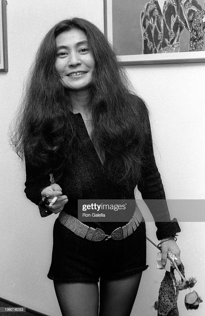 Musician <a gi-track='captionPersonalityLinkClicked' href=/galleries/search?phrase=Yoko+Ono&family=editorial&specificpeople=202054 ng-click='$event.stopPropagation()'>Yoko Ono</a> attends the opening of David Croland Exhibit on November 13, 1973 at Artworks Gallery in New York City.