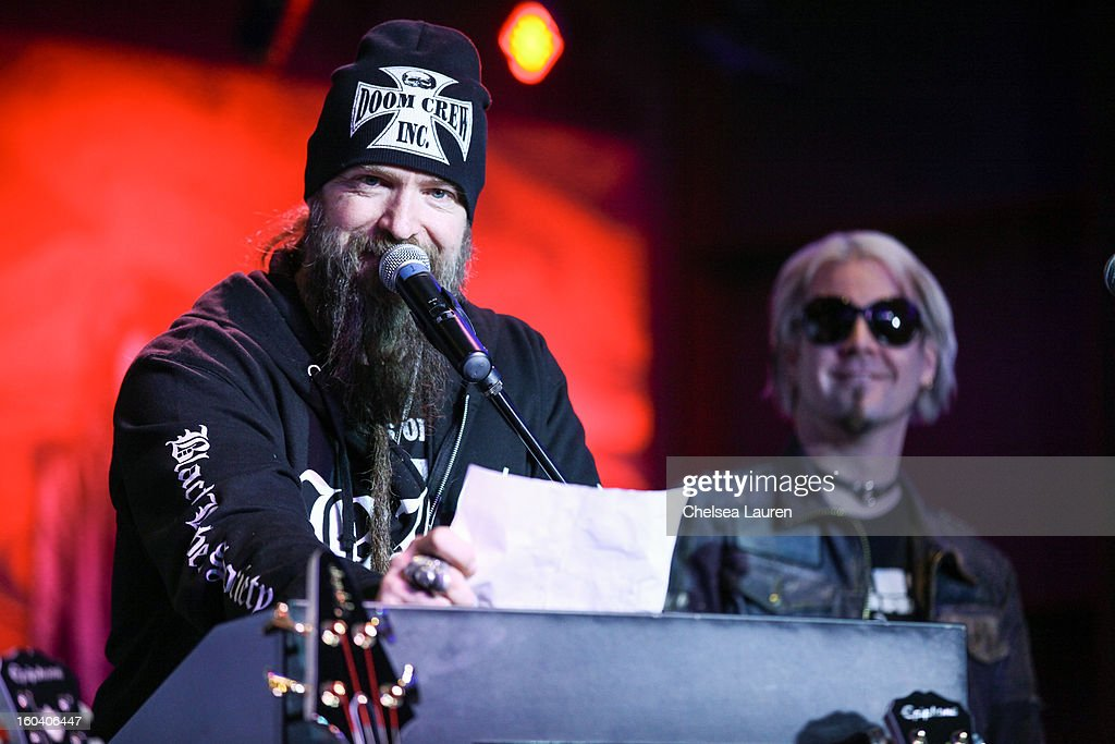 Musician Zakk Wylde of Black Label Society (L) and guitarist John 5 of Rob Zombie attend the Revolver Golden Gods Awards press conference at Hard Rock Cafe - Hollywood on January 30, 2013 in Hollywood, California.