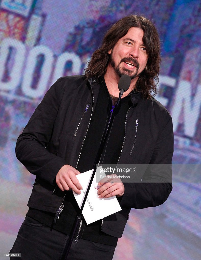 Musician-filmmaker <a gi-track='captionPersonalityLinkClicked' href=/galleries/search?phrase=Dave+Grohl&family=editorial&specificpeople=202539 ng-click='$event.stopPropagation()'>Dave Grohl</a> speaks onstage during the 2013 Film Independent Spirit Awards at Santa Monica Beach on February 23, 2013 in Santa Monica, California.