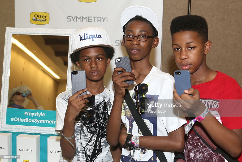 Musicians Alec Atkins Jarad Dawkins and Malcolm Brickhouse of Unlocking the Truth attend the Kari Feinstein Music Festival Style Lounge at La Quinta...
