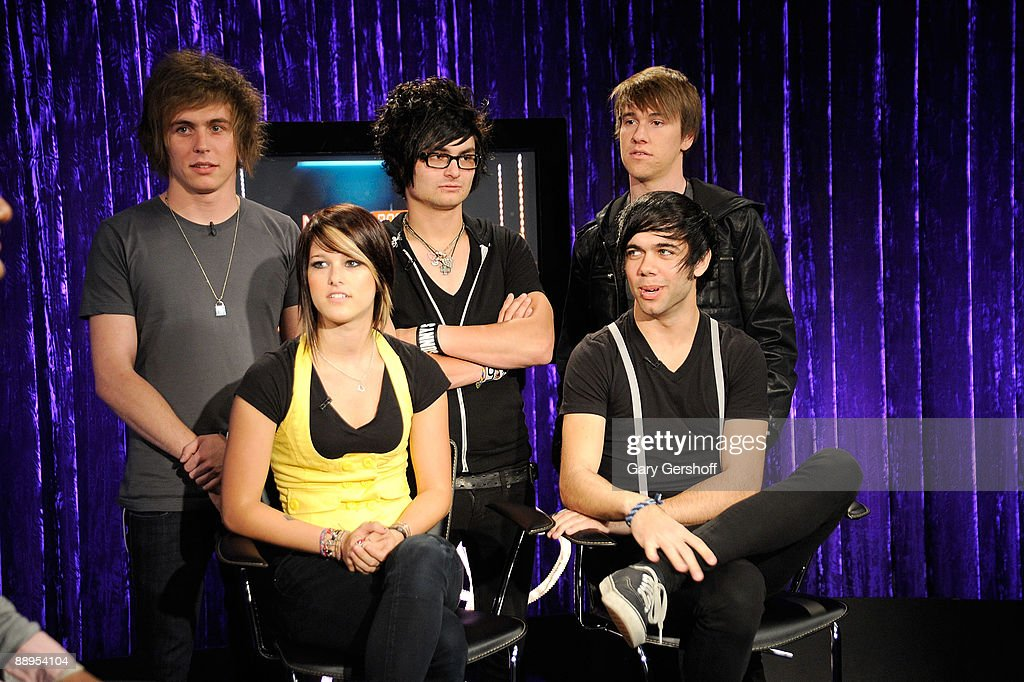 Musicians Alex Lipshaw, Jersey Moriarity, and Elliott James, and (L-R, front row) Cassadee Pope and Mike Gentile of the band Hey Monday visit fuse's 'No. 1 Countdown' at fuse Studios on July 9, 2009 in New York City.