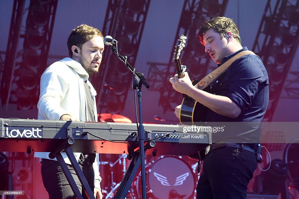 Musicians <a gi-track='captionPersonalityLinkClicked' href=/galleries/search?phrase=Ben+Lovett&family=editorial&specificpeople=3039181 ng-click='$event.stopPropagation()'>Ben Lovett</a> (L) and <a gi-track='captionPersonalityLinkClicked' href=/galleries/search?phrase=Marcus+Mumford&family=editorial&specificpeople=5385533 ng-click='$event.stopPropagation()'>Marcus Mumford</a> of Mumford & Sons perform at the Lands End Stage during day 1 of the 2015 Outside Lands Music And Arts Festival at Golden Gate Park on August 7, 2015 in San Francisco, California.