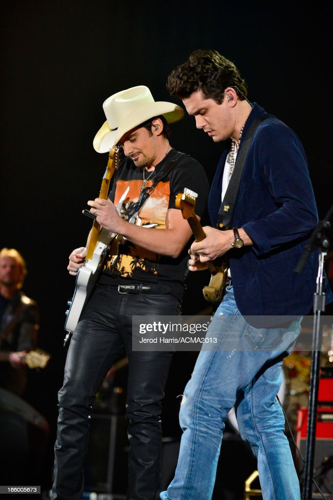 Musicians <a gi-track='captionPersonalityLinkClicked' href=/galleries/search?phrase=Brad+Paisley&family=editorial&specificpeople=206616 ng-click='$event.stopPropagation()'>Brad Paisley</a> and <a gi-track='captionPersonalityLinkClicked' href=/galleries/search?phrase=John+Mayer&family=editorial&specificpeople=201930 ng-click='$event.stopPropagation()'>John Mayer</a> perform onstage during the 48th Annual Academy Of Country Music Awards - ACM Fan Jam at Orelans Arena on April 7, 2013 in Las Vegas, Nevada.