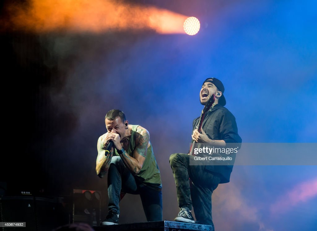 Linkin Park, Thirty Seconds To Mars & AFI In Concert - Camden, NJ
